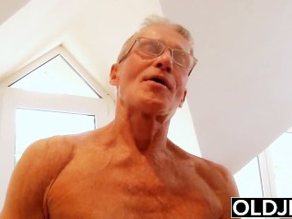 Old young – Just turned 18 and fucks a wrinkled old man gets pussy fucked