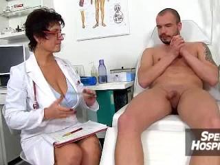 Old young handjob with big natural boobs MILF Eva