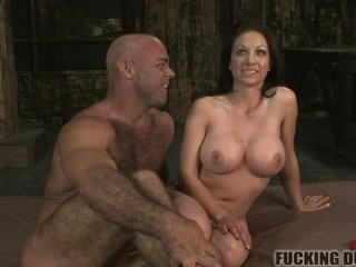 Muscle stud breeding that pussy!
