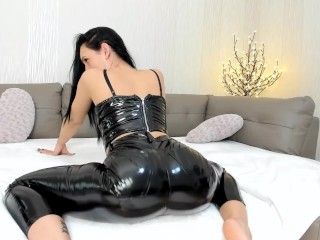 Melissa90sweet – SEXY TEASE IN LATEX..